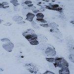 雪道や歩道が凍結した時の歩き方|転ばない…転ばせない!